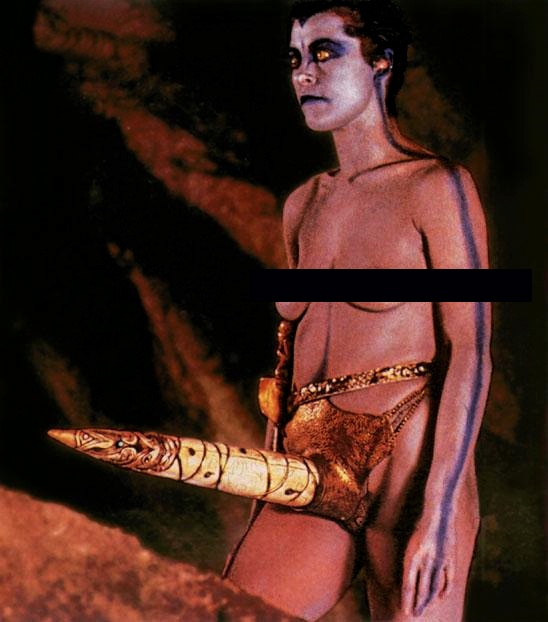 Amanda Donohoe  in The Lair of the White Worm (1988). Dir. Ken Russel