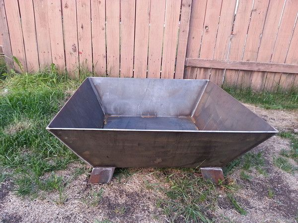 how to make a metal outdoor fire pit