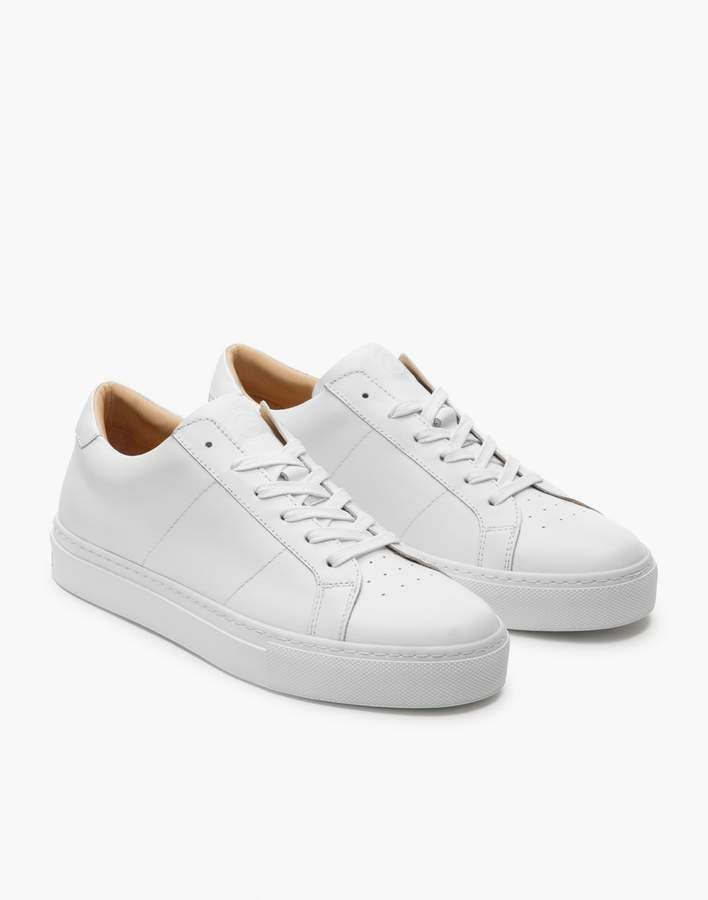 white sneakers women leather