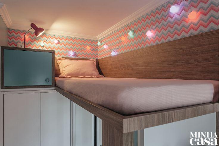 Aos 12 anos, Isadora quer ser arquiteta. Natural, portanto, que a garota palpitasse na nova decoração de seu quarto, em Porto Alegre – a cama suspensa e a charmosa paleta de cores foram sugeridas por ela!