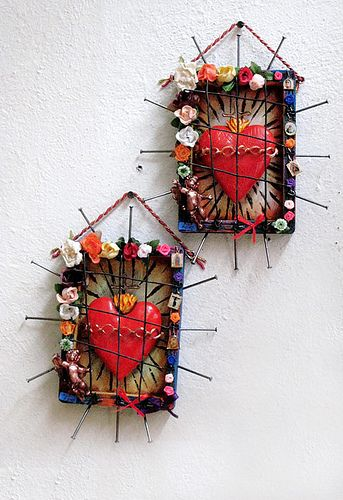 2 hearts from  Frida Kahlo museum at Mexico City, Photo by gone with the snapshot