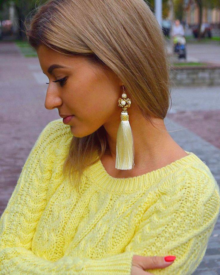 Роскошные, густые #серьгикисти 👑В наличии ✔️#ручнаяработа #МаринаНикитина #instajewelry #autumnlook #ootd #trend #exclusivedesign #earring #selfie #fashionjewelry #стиль #мода #красота #дизайнерукрашений #jewelrylover #handmade