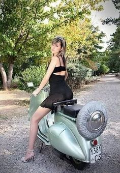 girls on scooters sexy