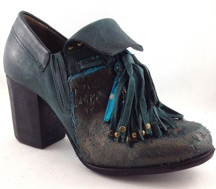 A.S.98 507126 http://www.traxxfootwear.ca/catalog/6440156/as98-507126