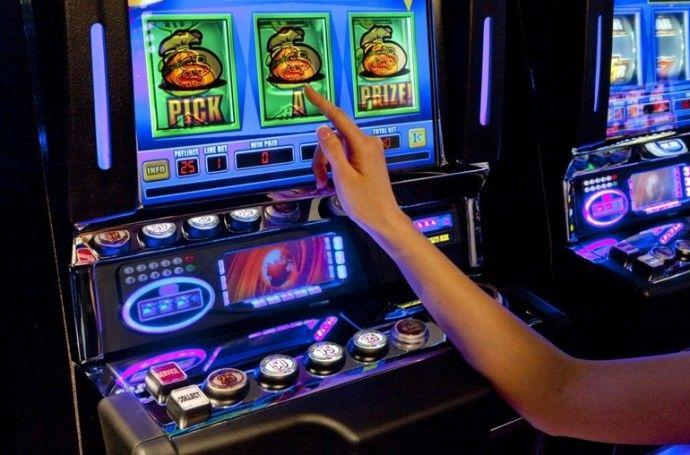 Как выиграть денег в игровые автоматы рулетка чат онлайн на одном сайте