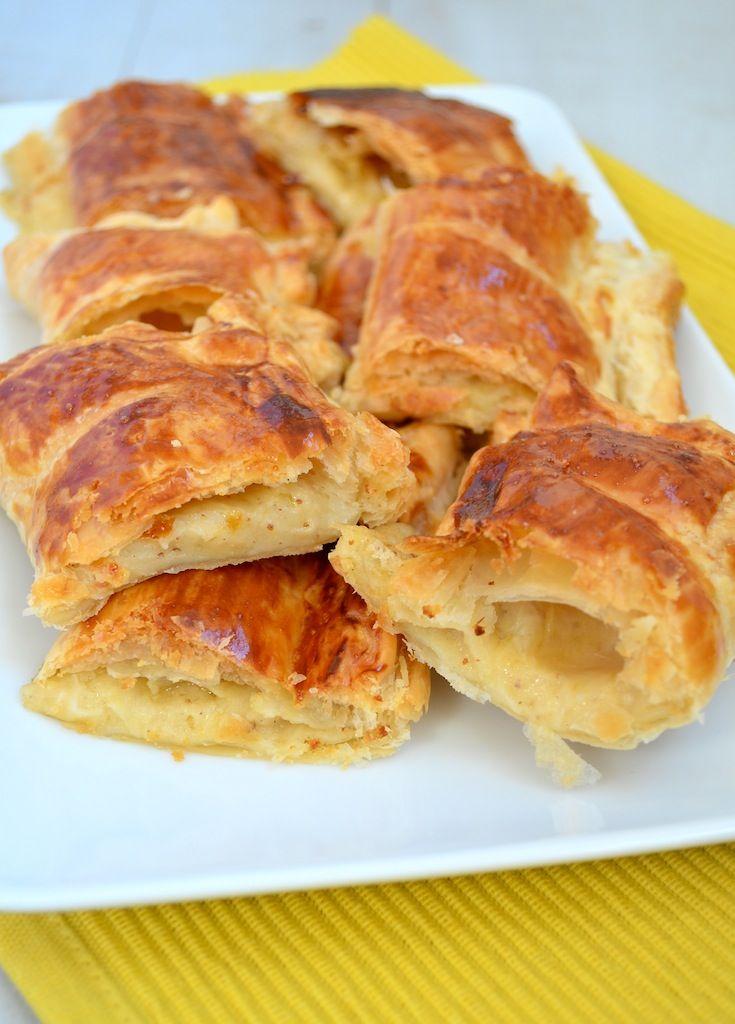 Kaasbroodjes met ragout | Puff pastry met cheese
