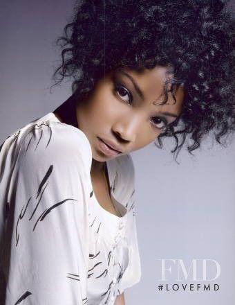 Siyah Kadınlarda Saç Stilleri: Alisha Giles - Siyah Kızlar Saç Modelleri Galeriler: Alisha Giles | Doğal saç stilleri Siyah Kızlar | | Kel Kafalı Siyah Kadınlar | | Seksi Siyah Kız Başkanı sarar Siyah Kadınlar | Kısa Saç Siyah Kadın Cuts Siyah Kadınlar için Saç Modelleri | Bikini Siyah Kadınlar