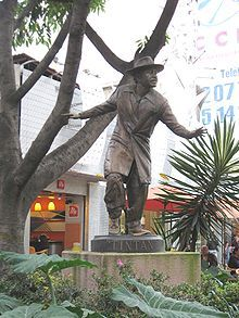 """The founder of the """"Pachuco"""" subculture was a Mexican comedian and film actor named German Valdés better-known by his Artistic name """"Tin-Tan"""". He introduced the Pachuco dress and slang throughout his Golden age-era films.[1]"""