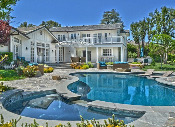 Pin for Later: Selena Gomez Parts With Her Multimillion-Dollar Starter House  With a massive pool, this home is California living at its finest.  Source: The Agency