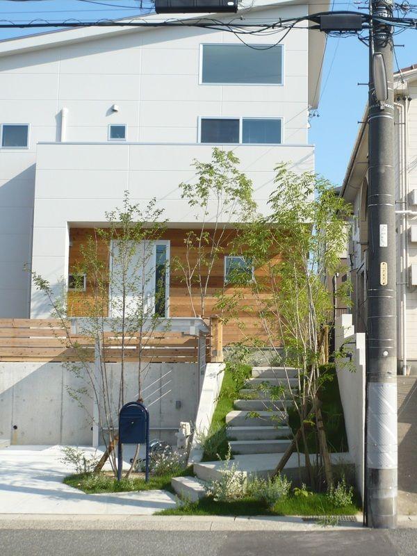 高基礎を楽しむ外構デザイン 住宅 外観 住宅のエクステリアデザイン