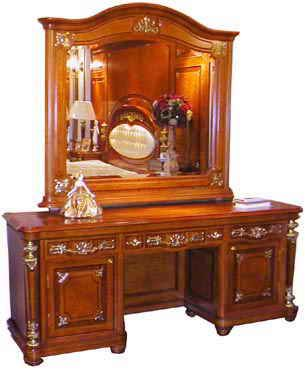 Here @ Our Italian Furniture Store We Carry The Finest Italian Design  Bedroom Sets.