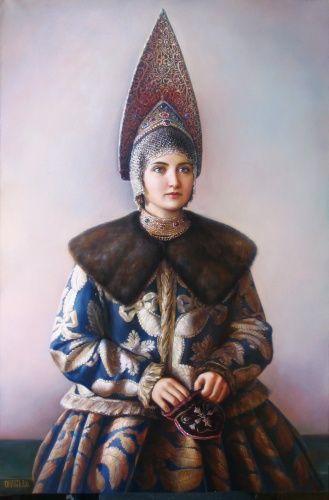 Женщина в костромском праздничном костюме. г. Галич. Фото. 1900-е гг.