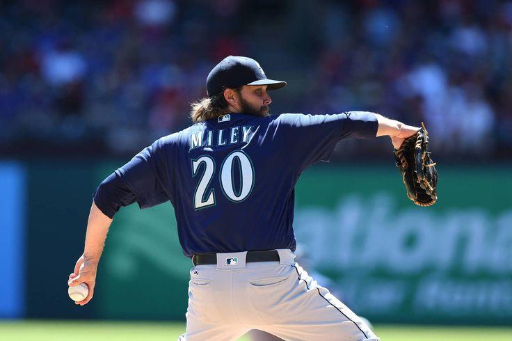 MLB – Texas Rangers at Baltimore Orioles  http://www.best-sports-gambling-sites.com/Blog/baseball/mlb-texas-rangers-at-baltimore-orioles/  #BaltimoreOrioles #baseball #MLB #rangers #texasrangers