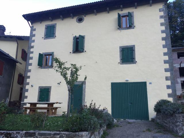 Villa Storica Terra Tetto Fiumalbo Le Rotari Mq 380 Ristrutturata Prezzo di vendita € 270.000 Trattabili.