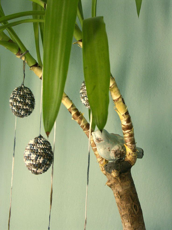 Velikonoční ostrov - vejce na míru Háčkovaná vejce na velikonočním ostrově, nechte se nést na vlně jarní fantazie...