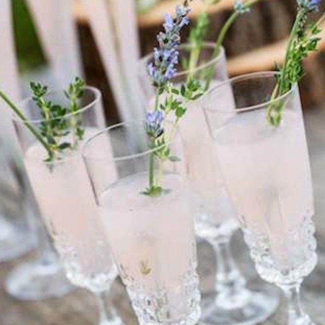 """Wedding Inspiration | Blush #Champagne with Lavender. Pinterest.com/bo-luca  #boandluca"""