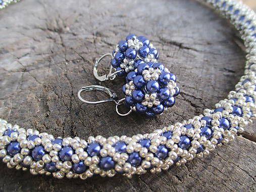 MariN.Art / royal blue