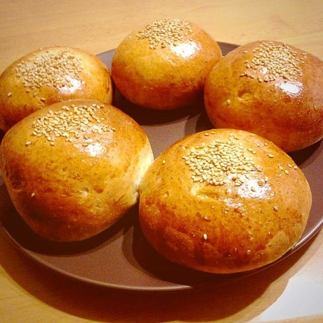 朝ゴパンに昼サンドに夜バンズ❤❤❤パン大好きー*\(^o^)/* ついにHB買いました❤ 嬉しくってパン作りなぅですw - 63件のもぐもぐ - ★ライ麦バンズ★ by maaakoo