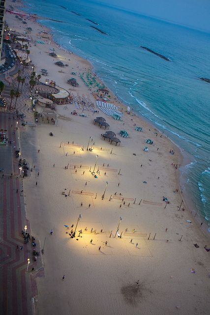 El viaje Cultura ha guardado en TEL AVIV. Playa de Tel Aviv, Israel.  Explora el mundo interesante de Tel Aviv con theculturetrip.com