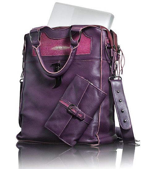 Love the color of this bag.