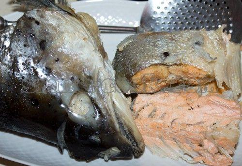 Вареная красная рыба салат