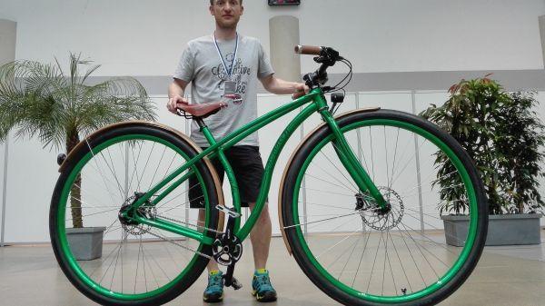 """Vélo cruiser Sasquatch avec des roues de 36"""""""