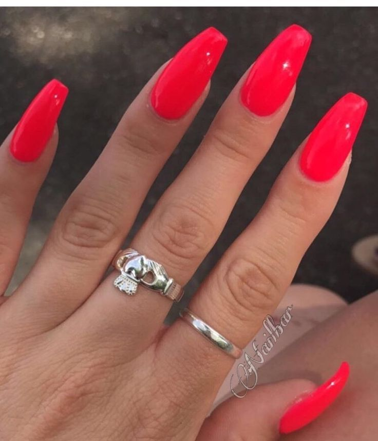 Bright Red For Spring Summer Bright Red Spring Summer Red Gel Nails Bright Red Nails Red Nails