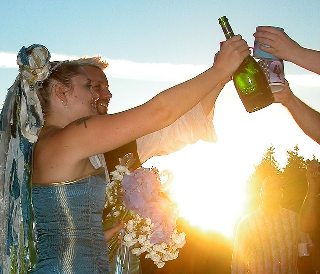 Plan your pre-sunset toasts with the Golden Hour Calculator