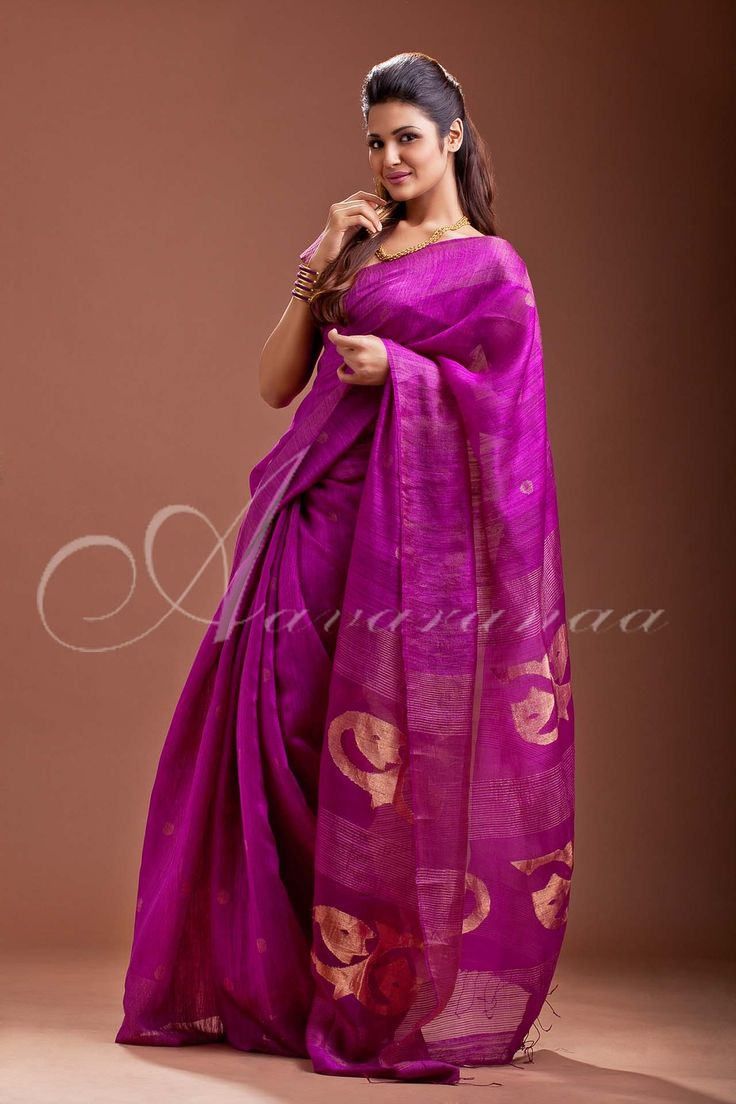 Buy online half and half sarees in Chennai, India from Aavaranaa.com. We offers branded latest designer Sarees like half and half sarees, kota sarees, silk sarees, cotton sarees at affordable price with home delivery.