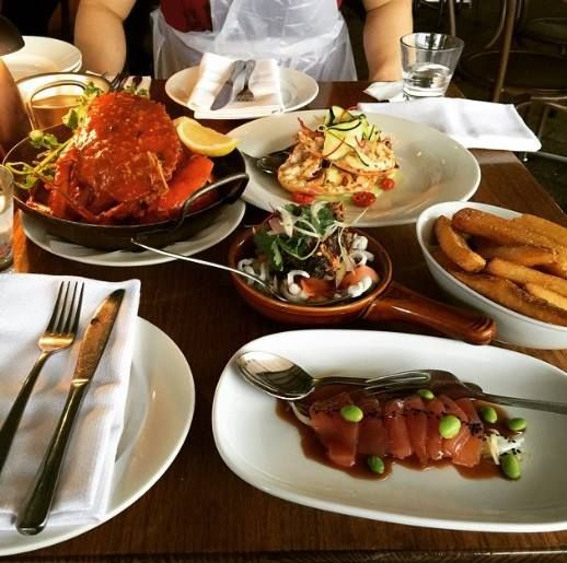 Kingsleys Steak & Crabhouse is one of the renowned steak and seafood restaurants in Sydney and Brisbane. It has become a favourite for corporate diners, perfect lunch and for tourists because of its vibrant yet relaxed atmosphere.