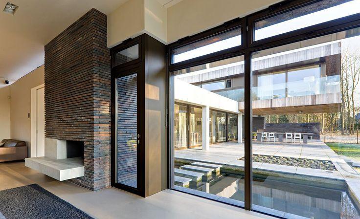 les 24 meilleures images du tableau portes et fen tres sur mesures double vitrage sur. Black Bedroom Furniture Sets. Home Design Ideas