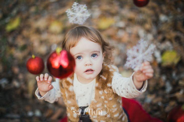 Sesión de fotos familiar navideña en otoño en el bosque en barcelona Fotógrafo de familia en Barcelona, photography, 274km, Gala Martinez, Hospitalet, family, exterior, bosque, bosc, forest, tree, otoño, tardor, autumm, rubí, navidad, nadal