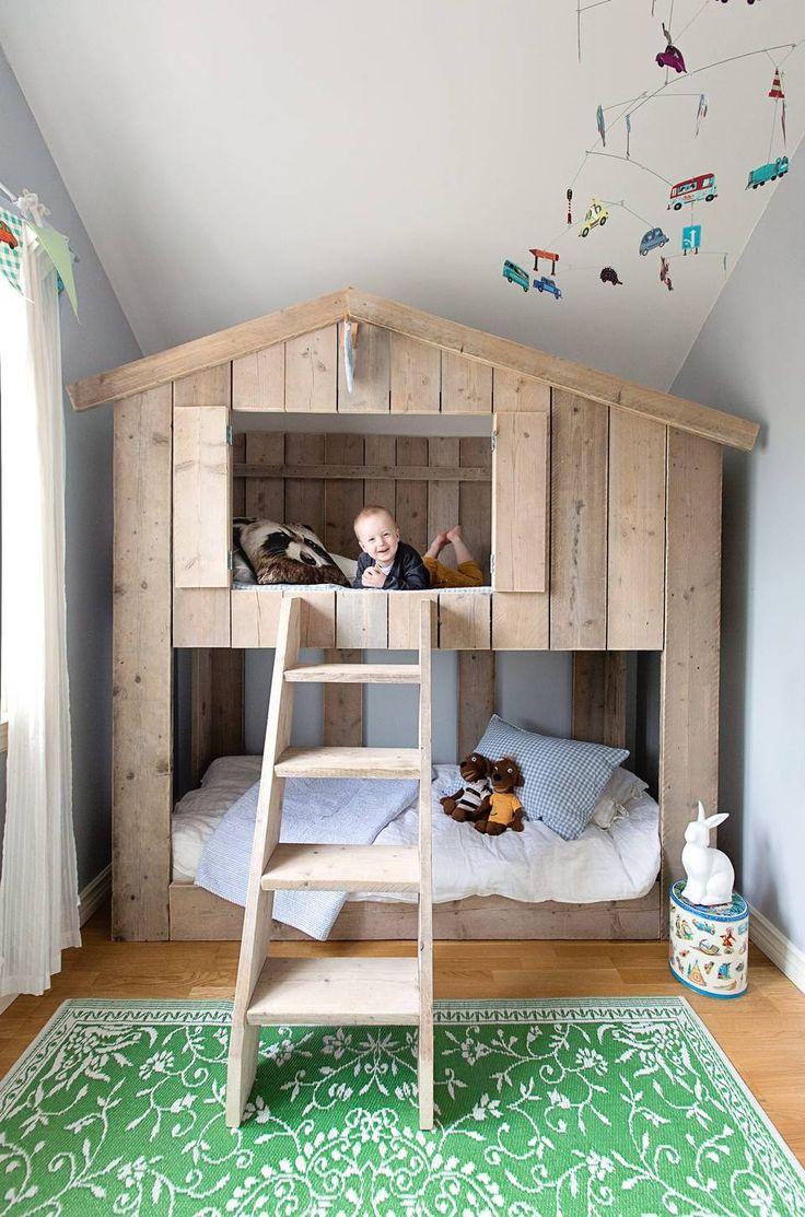 EGET HUS: Tenk å ha sitt eget hus når man er 3 år! FOTO: Jorunn Tharaldsen