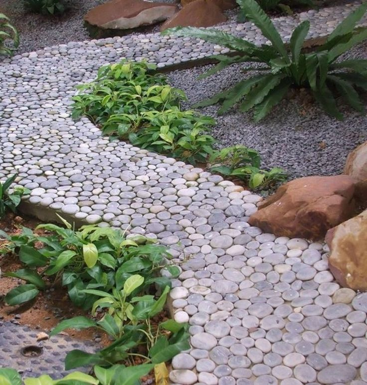 40+ Exciting DIY Garden Path And Walkways Ideas