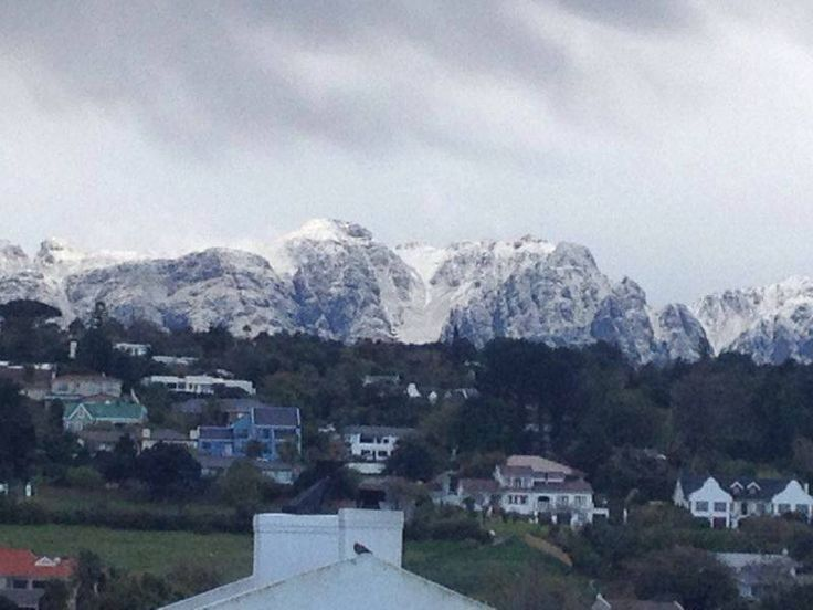 Somerset West - snow on the mountains August 2013