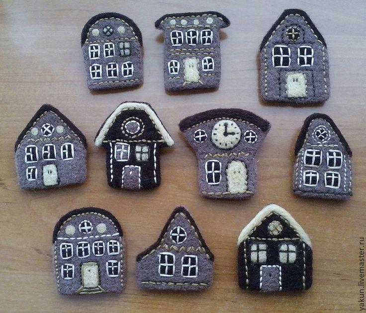 """Купить Валяная из шерсти брошь """"Home"""", оригинальный подарок - коричневый, дом, брошь ручной работы"""