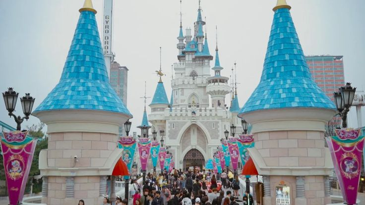 a7s in lotte world on Vimeo