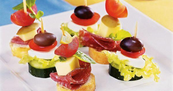 Perfeitos para servir na entrada do jantar, as receitas de petiscos, canapés e minissanduíches são deliciosas