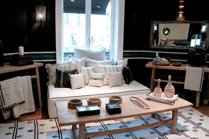 un salon aux tendances indiennes d co salon et salle de. Black Bedroom Furniture Sets. Home Design Ideas