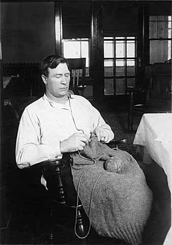 Red Cross knitting projects, St. Paul USA. 1917 - 18