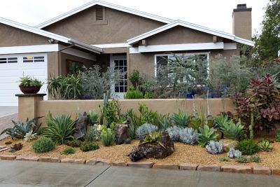 Low water front yard for the home curb appeal for Low water front yard ideas