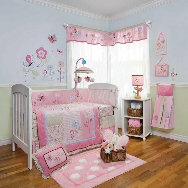 märchenhaftes-babyzimmer-mädchen-baby-bettwäsche-set-babyzimmer-einrichten-babyzimmer-deko