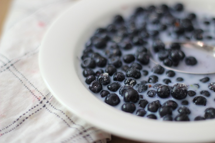 Blueberry milk, the best superfood there is!