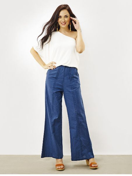 Flare Pants & Off Shoulder Top: Professional, yet stylish attire to wear at work. Shop for such professional styles online @ RedPolka
