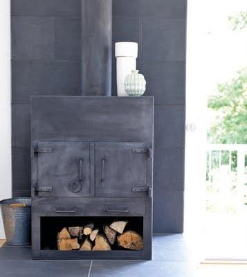 Ton-sur-ton fireplace