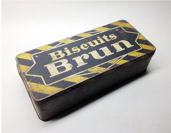 French Vintage Metal BISCUITS BRUN Box with a Setpoint - Old French Cookies Tin Box