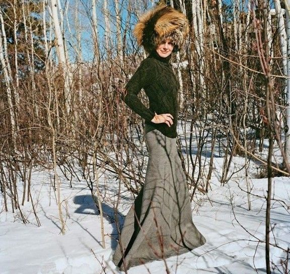 Certo sulla #neve non è semplice conservare #classe e #appeal...con tutti gli strati di indumenti che mettiamo addosso!!E se provassimo con una gonna lunga??Fascino assicurato wink emoticon #personalshopping #martinafranca #roma #outfit #fashionblog #moda #fashion #accessories #lazio #italy #puglia #button #colours #details #donna #style #madeinitaly #modadonna #look #moda #shopping #personalshopper