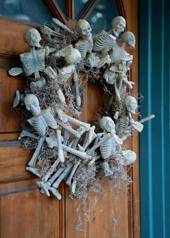 15 must see a skeleton pins skeleton parts haunted for Halloween decorations you can make at home