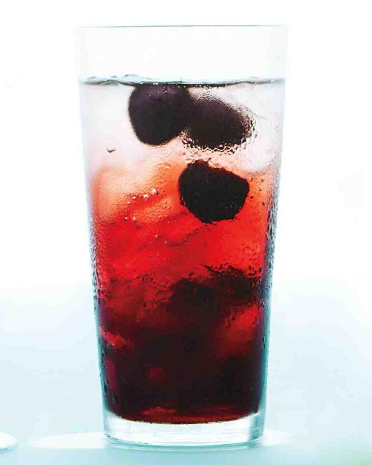 Black Cherry Spritzer  (+ Cruzan Black Cherry Rum??) 1/4 cup pitted black cherries / 1 teaspoon agave / 8 ounces seltzer