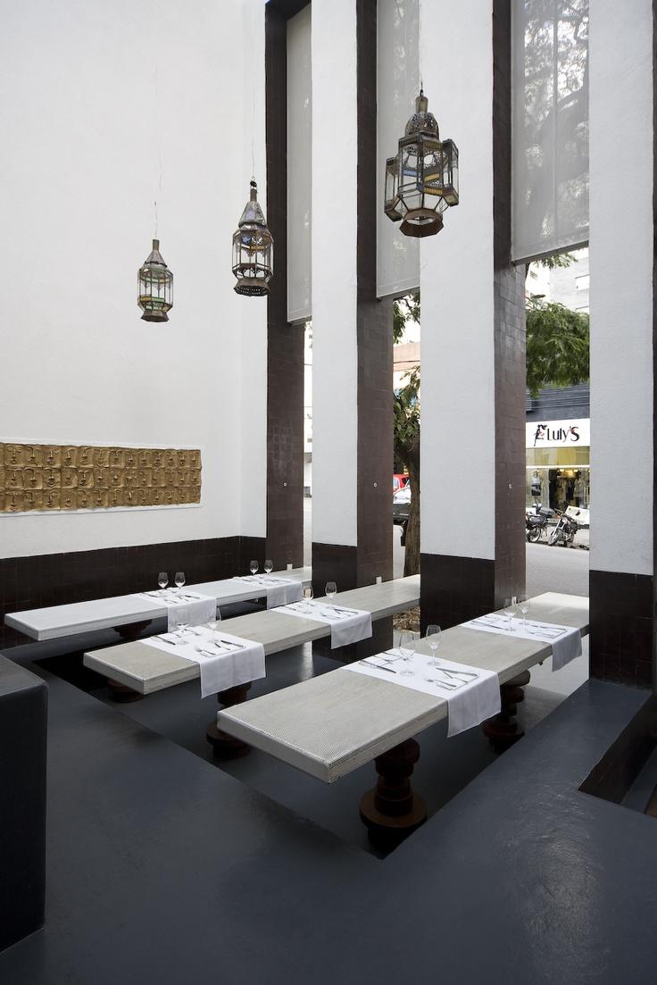 Chakras Restaurante    LOLA - local office for large architecture  São Paulo  2010